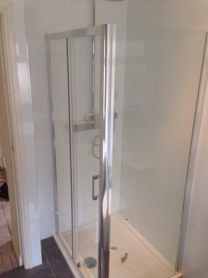 bathroom-fitters-in-birmingham3 - HG Hall Green Kitchens ...